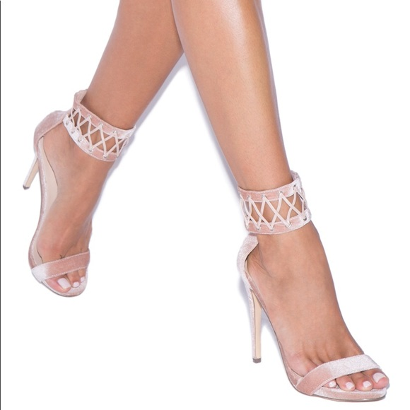 6343aed8ab81 Shoe Dazzle Shoes | Brand New In Box Shoedazzle Dayle Velvet Heels ...